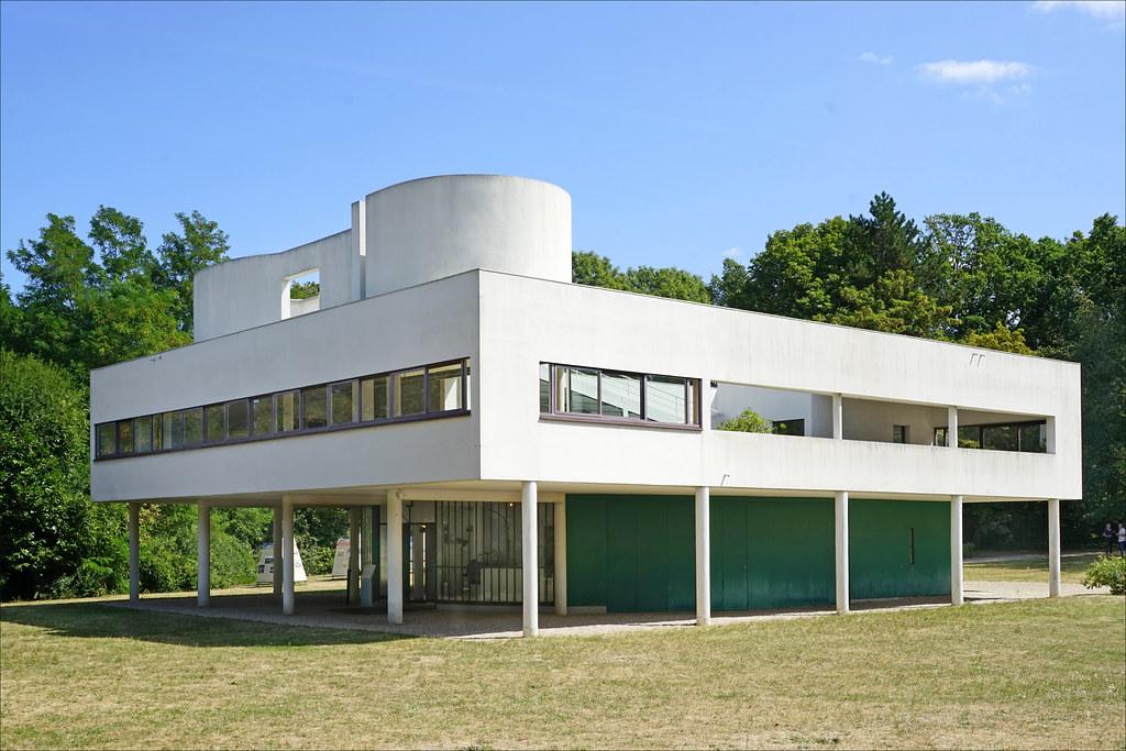 villa Savoye avec architecture Le corbusier